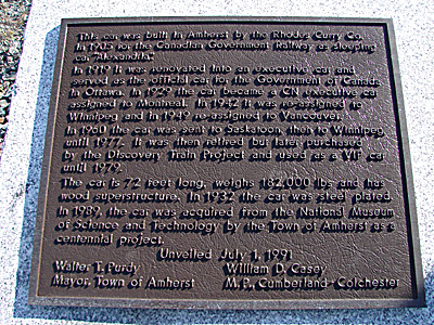 Alexandra Fort Lawrence 8 October 2006 plaque.jpg (147475 bytes)